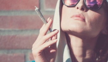 Does Weed Make You More Talkative?
